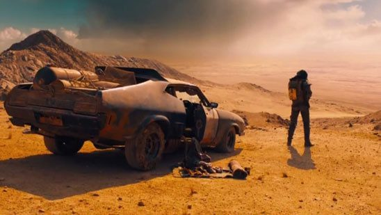 The opening of Mad Max features intriguing details about the world and supporting protagonist.