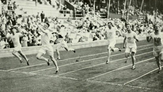 A photo from the 1912 Olympic races.