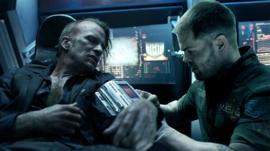Miller getting treatment from Amos in The Expanse.