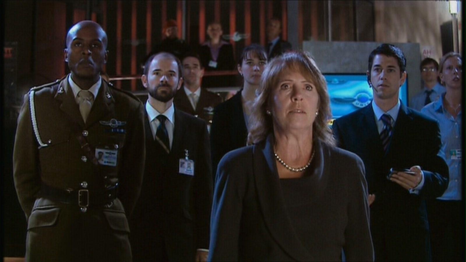 Harriet Jones and her officials.