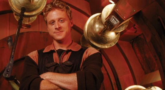 A publicity photo of Wash from Firefly.