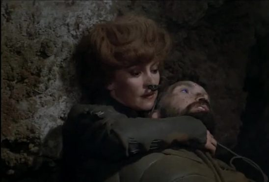 Jessica grappling an enemy in the 1984 Dune film.