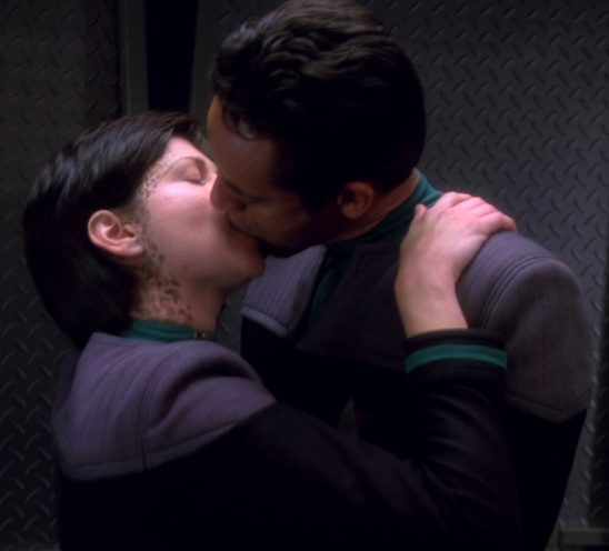 Ezri and Bashir kissing.